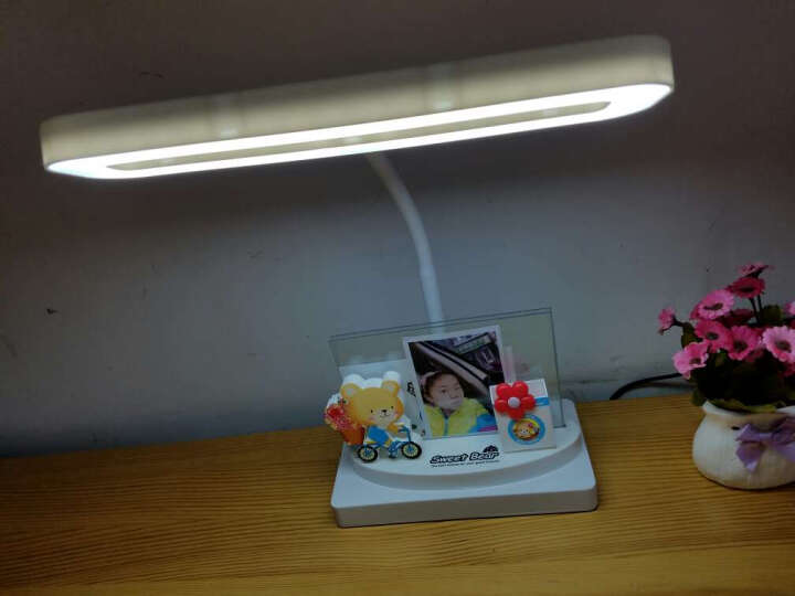 爱眼仕 儿童学习护眼台灯卡通写字护眼灯LED学生书桌卧室床头小台灯插电工作阅读笔筒台灯 白色光经典款 晒单图