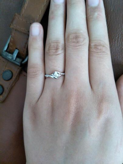 鸣钻国际 30分效果钻戒女 白18K金钻石戒指结婚求婚女戒 情侣钻石对戒女款 四爪豪华 14号指圈 晒单图