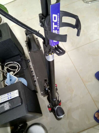 阿尔郎(AERLANG) 智能电动滑板车成人小型迷你代驾折叠电动车锂电池自行车代步车 阿尔郎 折叠电动车 LED青蛙灯爆闪灯(一个) 晒单图