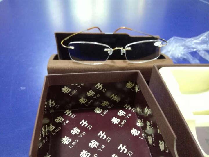 老爷子(LaoYeZi)高清光学树脂钛架老花镜男女款 时尚超轻舒适老光老花眼镜 7010 金框单光250度 晒单图