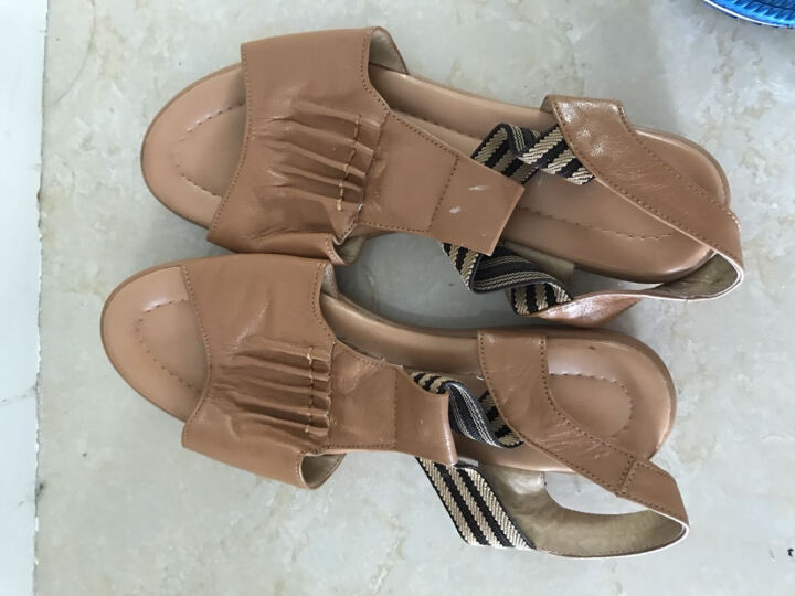 2019夏季女式平底平跟鱼嘴鞋牛筋底孕妇软底防滑坡跟沙滩凉鞋 浅棕色 39 晒单图