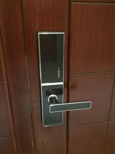 VOC 瑞典指纹锁家用防盗门锁密码锁智能锁别墅电子锁V77F 亮格(碳纤维)+全国联保+免费安装 晒单图