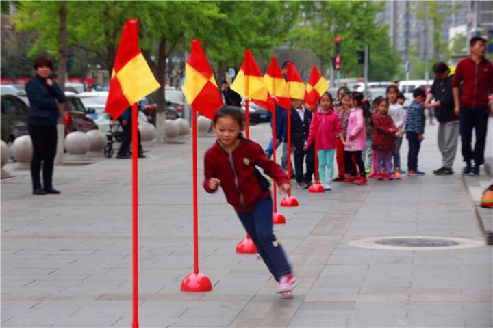 移动足球角旗 标志杆 标志旗 障碍物 训练障碍杆 警示杆 标志物 注水底座 红色底座+1.5米红杆+旗子 晒单图