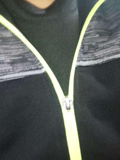 特步男装套装t恤男短袖2019春夏季新款休闲短t恤衫透气跑步衫圆领运动短款春天健身服 白黑-套装 XL 晒单图