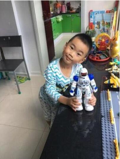 盈佳新威尔机械战警智能机器人玩具儿童遥控对战电动玩具跳舞机器人可充电 感应机器人高26CM 蓝 晒单图