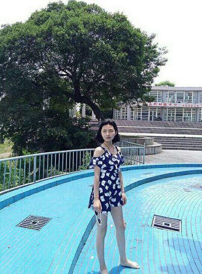 卓好姿(zhuohaozi) 游泳衣女分体裙式小胸遮肚温泉泳装平角保守大码泳衣 藏蓝小猫带袖款 XL(建议105-120斤) 晒单图