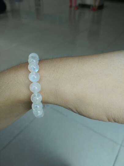 SALMON 蓝月光石手链 带蓝光彩虹光 唯美时尚女款饰品单圈水晶手串 珠子直径约7MM 晒单图