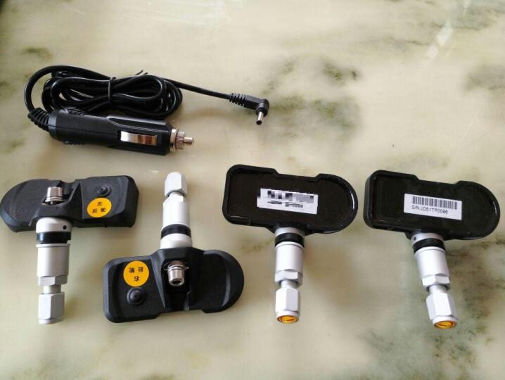 车e通 太阳能胎压胎温监测仪无线内置外置传感器计表TPMS汽车轮胎压力检测系统 T401内置彩屏版 晒单图