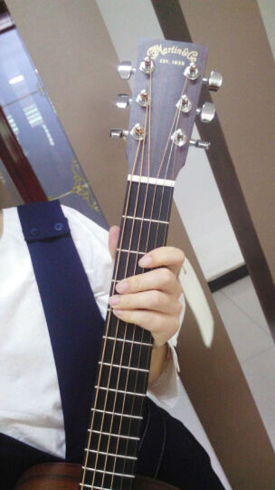 马丁(MARTIN) 马丁Martin单板旅行吉他民谣吉它34寸便携小jita DJR2E全单电箱38寸全沙比利 晒单图