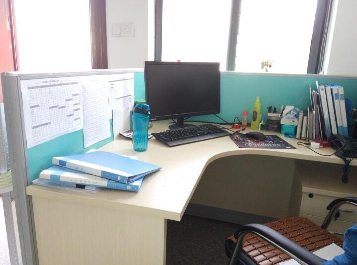 统阅办公家具老板桌办公桌大班台板桌经理桌财务职员桌贴实木皮 1.6米+西皮椅现货套餐 晒单图