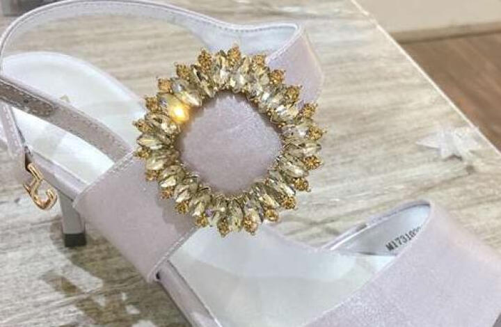 设计师女鞋 MIO米奥女鞋 夏季宝石方扣装饰高跟女凉鞋M173102222 银色 35 晒单图