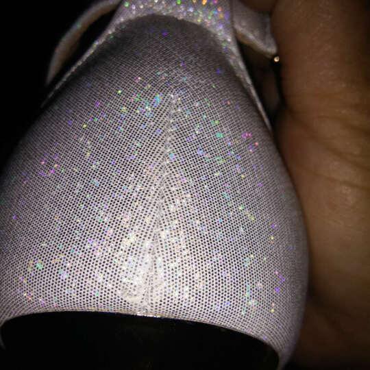 莱卡金顿女鞋2017新款春秋鞋浅口圆头单鞋女士高跟鞋英伦优雅女鞋子细跟四季鞋 银色 34 晒单图