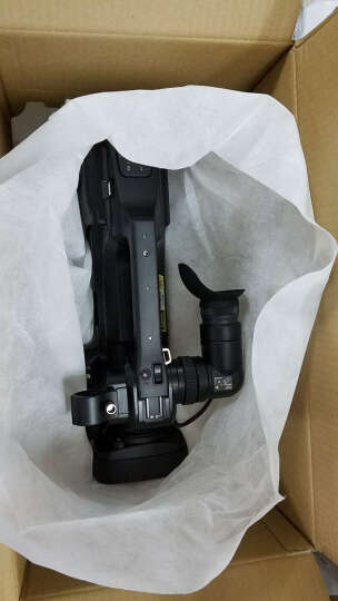 赠电池】 杰伟世(JVC) JY-HM95AC 高清闪存摄像机 HM95 高清DV摄像机 套餐四(64G卡*2+原电+话筒+缔杰三角架 晒单图