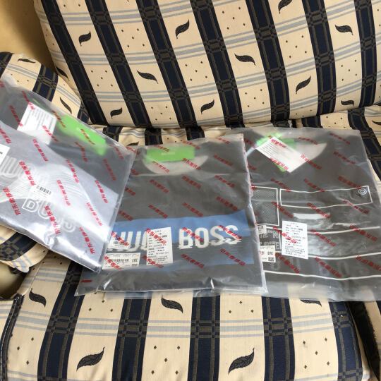Hugo Boss 雨果博斯 男士深蓝色棉质圆领短袖T恤 50329029 410 XL码 晒单图
