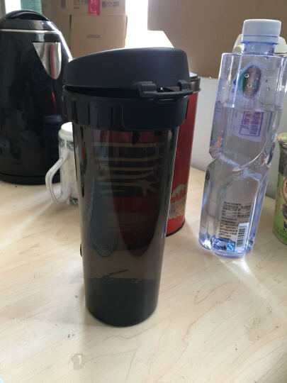 特百惠(Tupperware)茶韵塑料随心运动防漏水杯子 带拎绳茶隔茶杯 500ml炫酷黑 晒单图