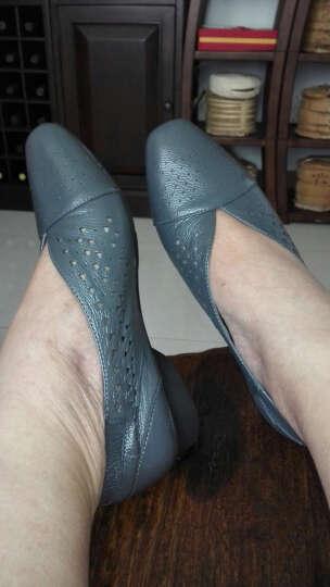 【拼购清仓】MUSBEME妈妈鞋秋季新品软底大码中年女鞋真皮凉鞋女镂空透气休闲单鞋 蓝灰色镂空款MW172816A8 41 晒单图