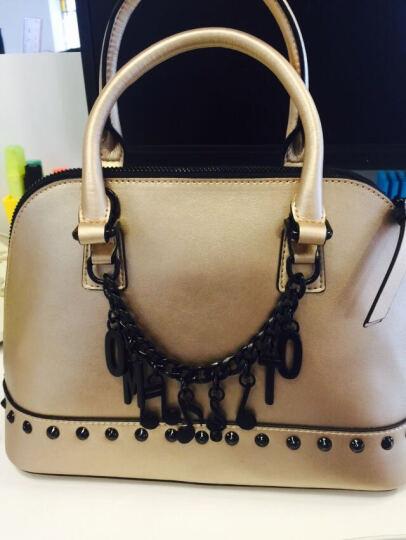 OMTO 手提包女包 2017新款贝壳包铆钉牛皮单肩斜跨包斜挎包 金色 晒单图