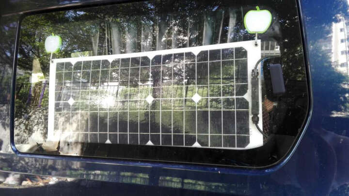 汉恩 半柔性单晶25W太阳能电池板 25瓦光伏发电板 充12V蓄电池 车载太阳能发电组件 晒单图