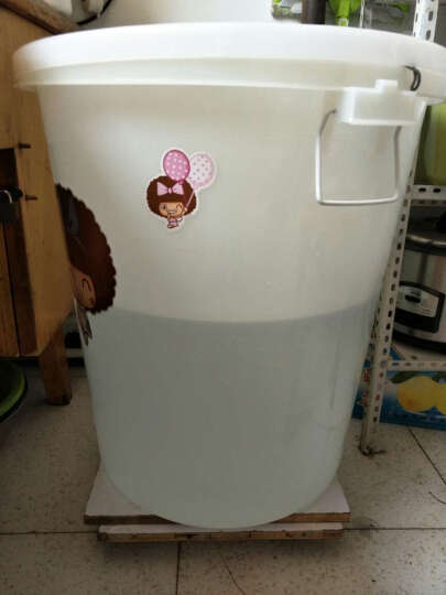 塑料水桶大号工业圆桶户外垃圾桶带盖圆形收纳桶家用储水桶酒店厨房环卫物业食堂用垃圾桶 100L特厚白色(约190斤水) 晒单图