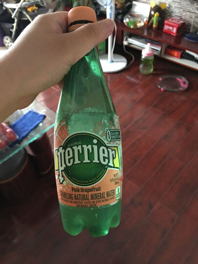 法国进口  巴黎水Perrier气泡矿泉水 青柠味 玻璃瓶装1箱  330MLx24瓶 新老包装随机发货 晒单图