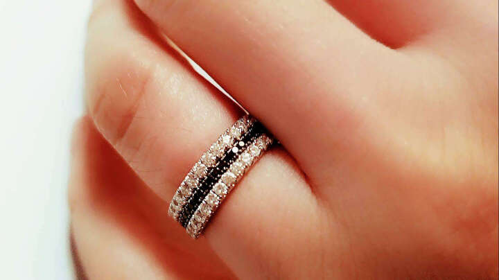 周生生 18K金戒指白色黄金戒指Promessa钻石戒指结婚戒指 女款 87755R 17圈 晒单图