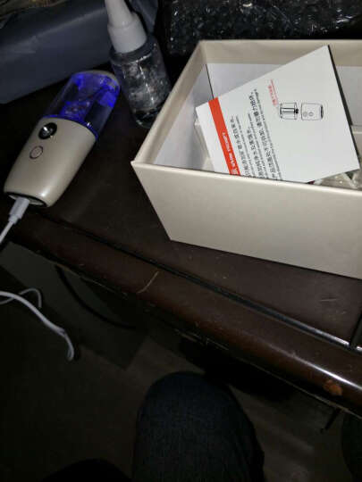VOSSTR 车载加湿器空气净化器出风口香薰 随身便携式 USB汽车负离子 宝石蓝 晒单图