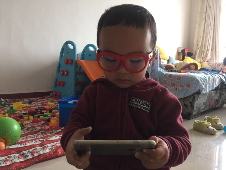 P8866星球儿童防蓝光防辐射眼镜小孩看手机保护眼睛护目平光镜 大红色P8801-B2 晒单图