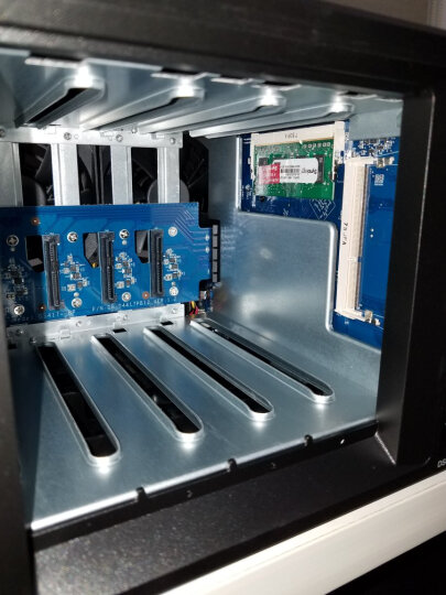 群晖(Synology)DS418play 双核心 4盘位NAS网络存储服务器 (无内置硬盘 ) 晒单图