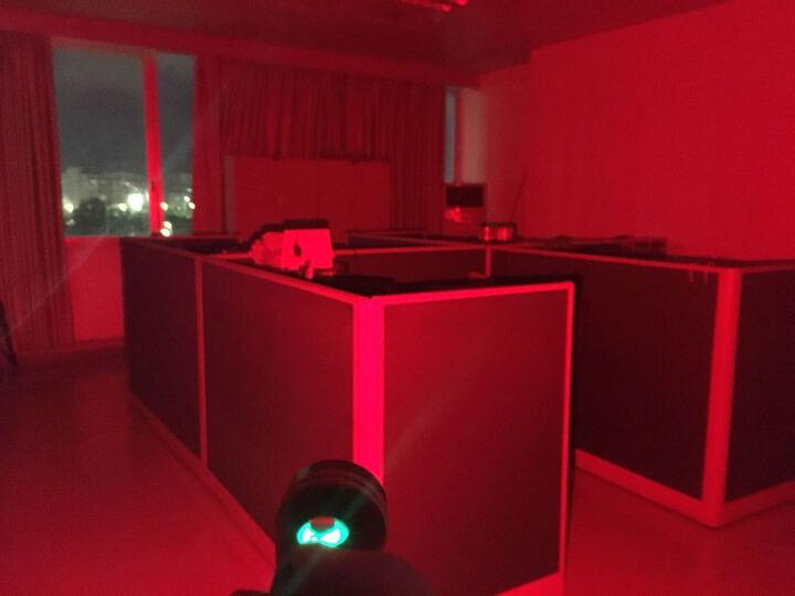 ARCHON奥瞳潜水照明手电筒 水下摄影补光灯D15VP 强光广角LED户外手电筒可充电配电充 (黑色)含18650电池*1+单充充电器 晒单图