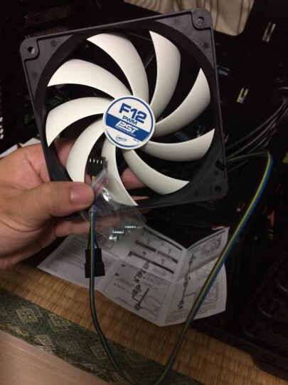 ARCTIC 12cm风扇 (电脑机箱CPU散热风扇/4针PWM温控/可串联多个风扇/F12PWMPST) 晒单图