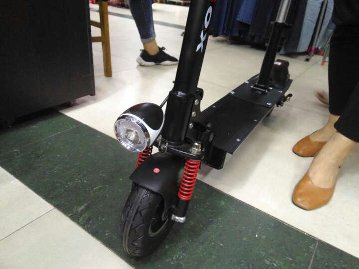 领飚(LB)锂电池电动滑板车自行车 便携电瓶车 折叠式小型代步车代驾车 酷炫版10寸40-50KM48V500W三减震遥控 晒单图