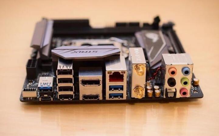华硕(ASUS)ROG STRIX Z270I GAMING 主板 (Intel Z270/LGA 1151) 晒单图