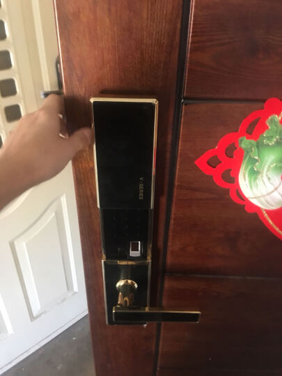 VOC 瑞典指纹锁家用防盗门锁密码锁智能锁别墅电子锁V77F 金黑+全国联保+免费安装 晒单图