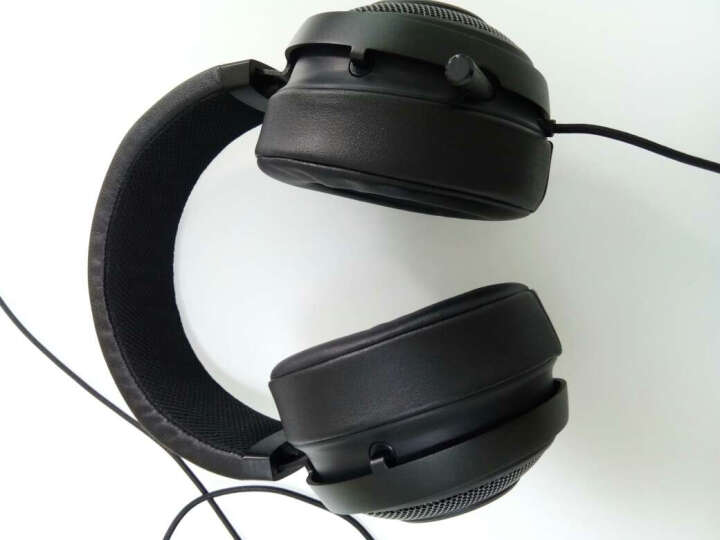 雷蛇(Razer)北海巨妖7.1 V2 幻彩版 游戏耳机 韦神同款 游戏耳麦 头戴式电竞耳机  吃鸡耳机 黑色 晒单图