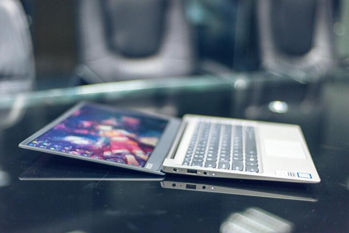 联想原厂定制版小新潮7000 13.3英寸笔记本电脑(i7-8550U 8G 256G MX150 2G 银)镭雕刻字 晒单图