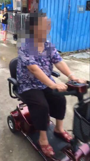 缦翎 M9老人电动四轮车老年休闲代步车残疾人助力车智能折叠电瓶车 金橙红 晒单图