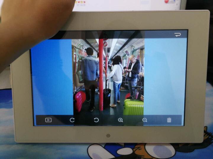 影巨人10英寸网络数码相框微信相框电子相框相册高清触摸屏无线WiFi安卓相框播放器微信传照片遥控操作 标准版云相框 晒单图