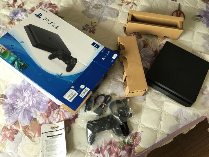 索尼(SONY)【新PS4国行主机】新 PlayStation 4 电脑娱乐游戏主机 1TB(黑色) 晒单图
