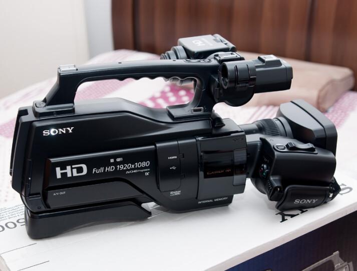 索尼(SONY)HXR-MC2500 专业肩扛式存储卡全高清摄录一体机 婚庆 直播 团拜会 专业高清入门级摄像机 晒单图