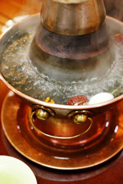 宏盛园烧烤场地铜锅涮肉场