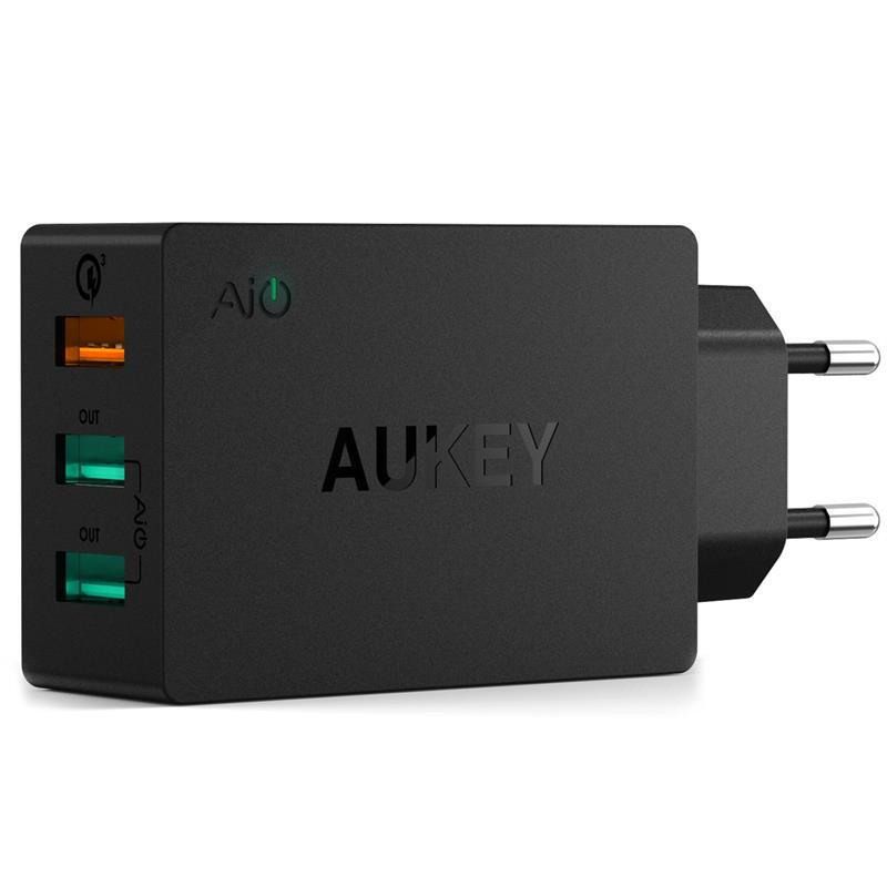 AUKEY 3-Port USB Wall Charger with Quick Charge 3.0 & Foldable Plug for Samsung S7/S6/Edge/Plus, Nexus 6P, LG G5 & More