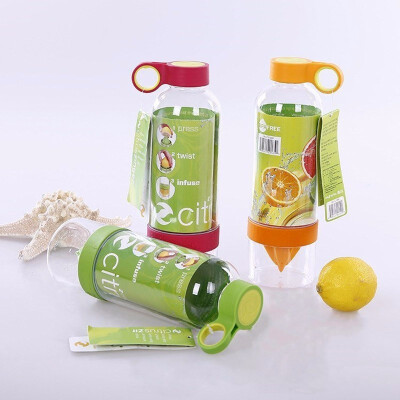 Outdoor Active Infusion Juice Squeezer Bottle