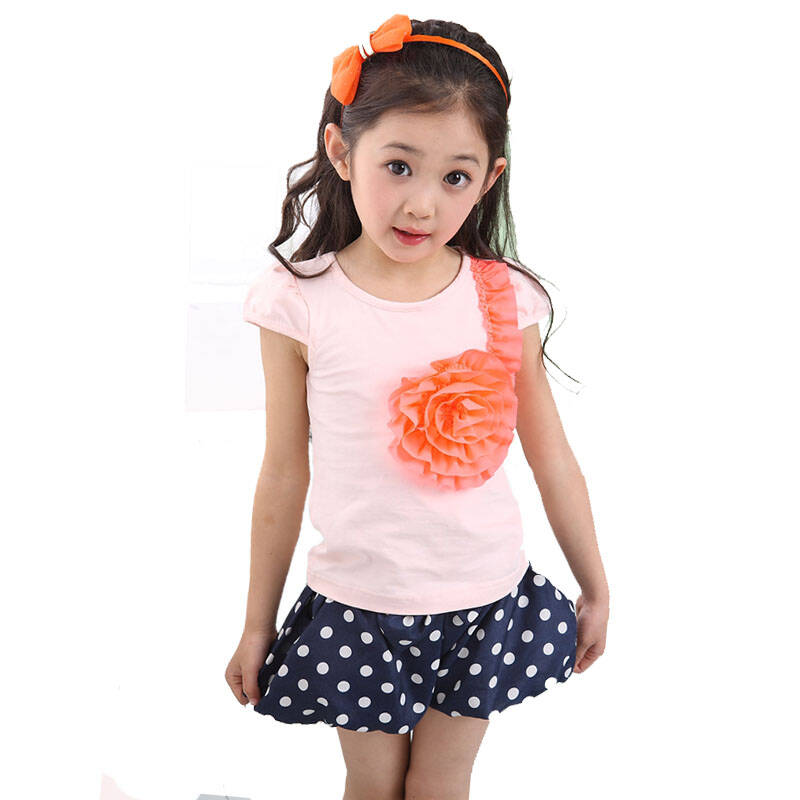 咔哇叮咚(kawadingdong)女童夏季时尚套装大花朵t桖+圆点泡泡短裤
