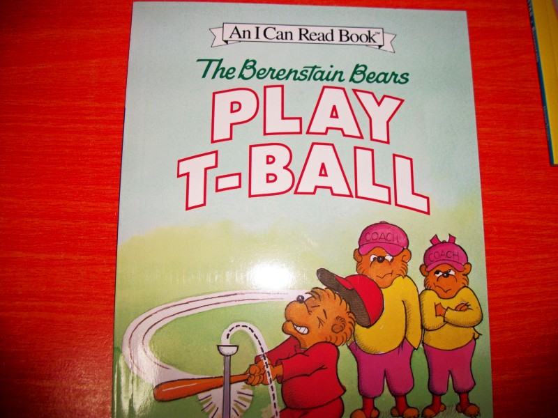 The Berenstain Bears Play T-Ball (I Can Read, Level 1)贝贝熊打棒球 晒单实拍图