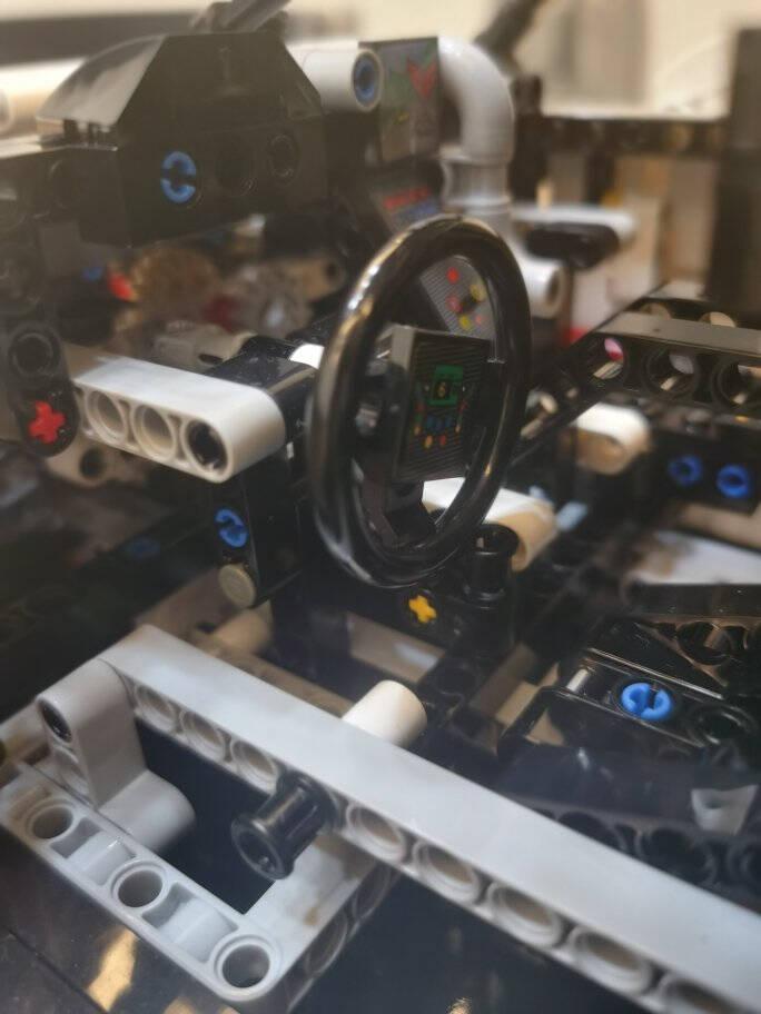 乐高(LEGO)积木机械系列42125法拉利488GTE18岁+儿童玩具赛车跑车超跑模型男孩女孩成人生日礼物