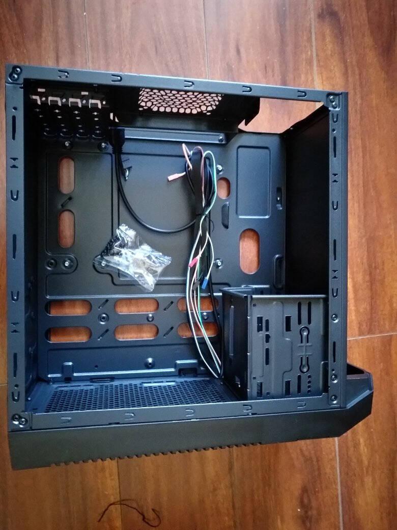 金河田机箱3302吃鸡电脑台式办公支持MicroATX主板/U3/SSD/背线黑色空箱