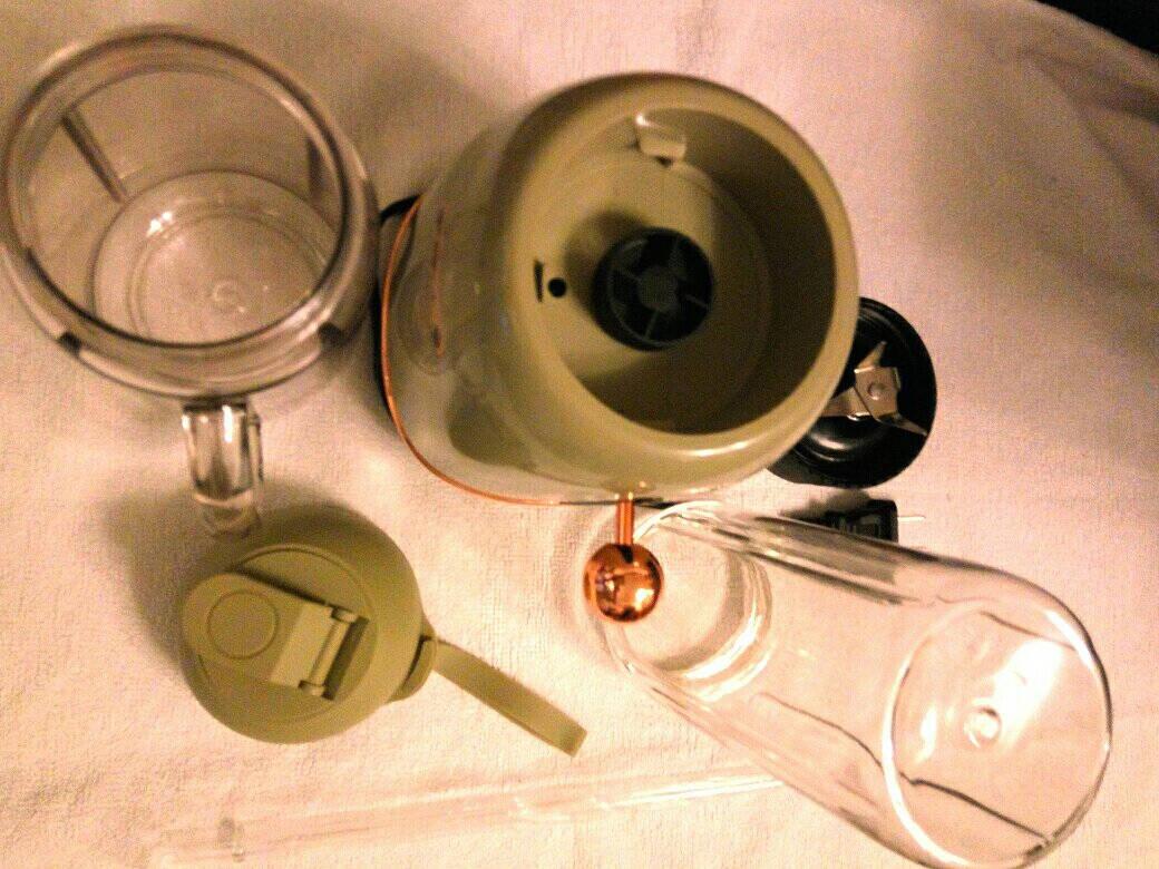 德尔玛(Deerma)榨汁机果汁机原汁机家用多功能辅食机料理机家用搅拌机研磨机GZ30