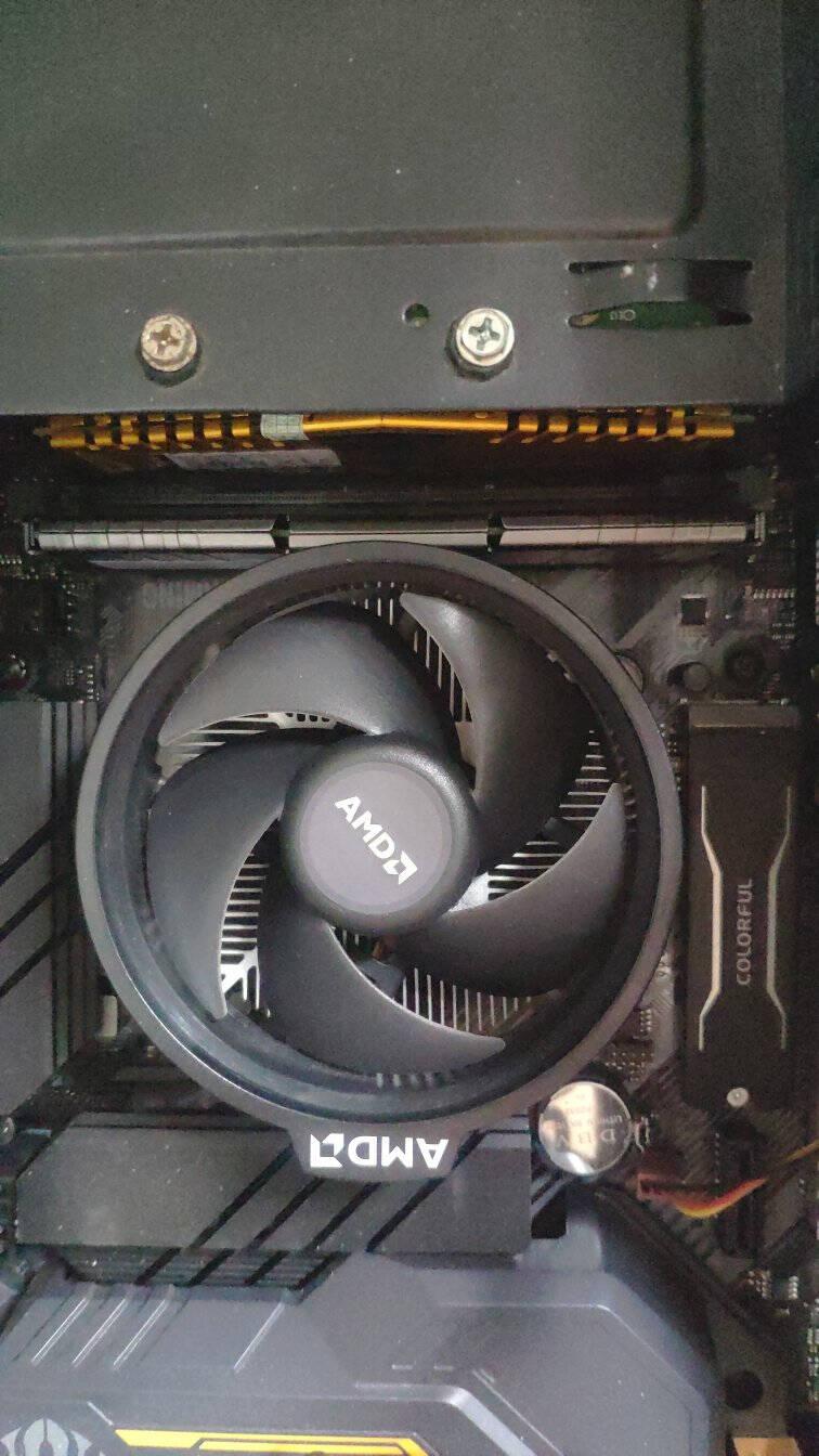 阿斯加特(Asgard)16GB3000频率DDR4台式机内存条洛极51℃灰-游戏利器/电竞超频/T2