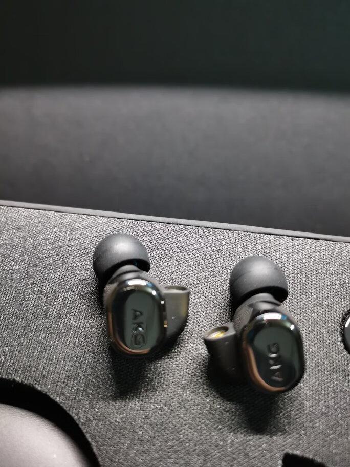 AKG圈铁混合五单元HiFi耳机,木耳朵也能听出花来
