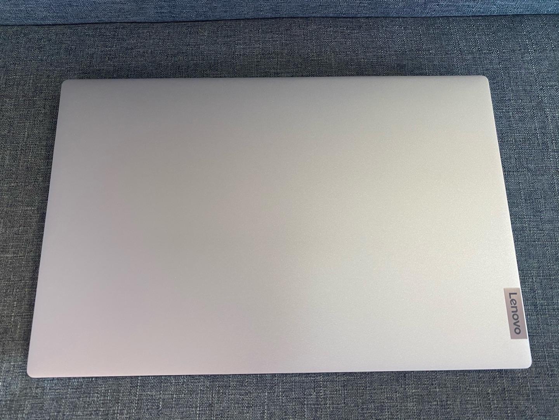 联想小新Air15全面屏轻薄本,15.6英寸高色域电脑